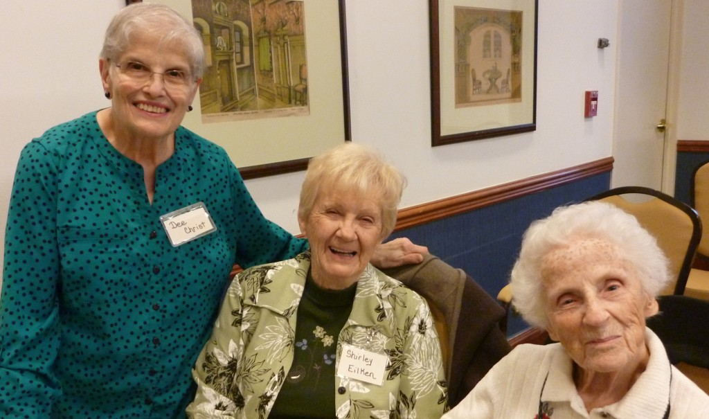 Doris leads a low vision support group in Des Plaines