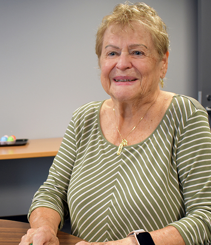 Marilyn, a tech savvy senior learning make braille labels